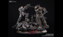 Tsume Gears of War: Marcus vs General RAAM
