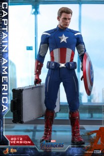 Hot Toys Movie Masterpiece Series MMS563 - Avengers: Endgame - Captain America (2012 Version)
