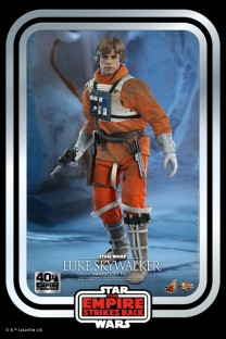 Hot Toys MMS585 - Star Wars: Episode V The Empire Strikes Back - Luke Skywalker (TESB 40th Anniversary Collection)